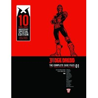 JUDGE DREDD: THE COMPLETE CASE FILES 10TH-ANNIVERSARY EDITION HC VOL 01 - John Wagner, Pat Mills