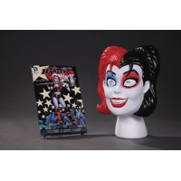 HARLEY QUINN BOOK AND MASK SET - Amanda Conner, Jimmy Palmiotti