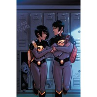WONDER TWINS TP VOL 01 ACTIVATE - Mark Russell
